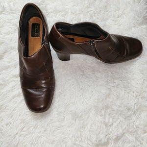 Women's Clark's Artisan Heeled (Brown) Ankle Boot